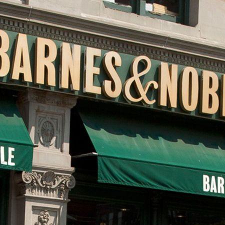 Barnes & Noble, crisi senza fine