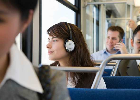 Mercato USA, solo gli Audiobook vanno alla grande. Libri benino, male gli ebook